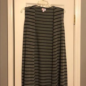 EUC Lularoe Joy size M, grey and black.